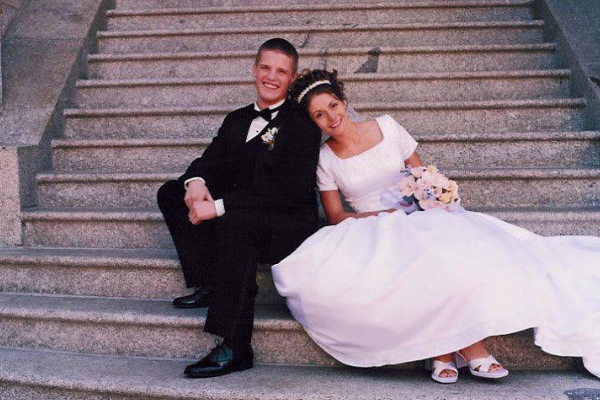 Russell Brunson with wife on wedding day